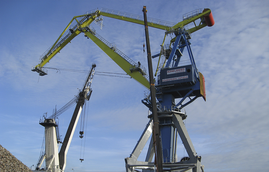 "Double-jib ""Mark-36"" crane erection - Kondor & Co"